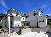 【施工事例 B様邸】真っ白な外観がステキな、家族が笑顔になれるお家。