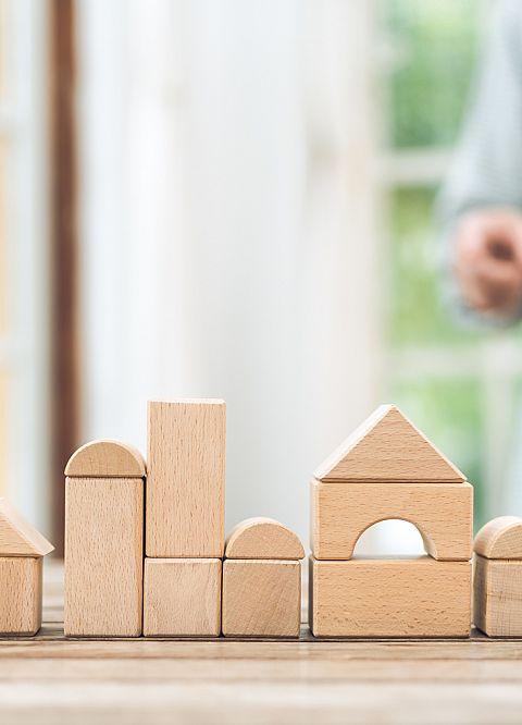 理想の家づくりのパートナーは?知っておきたいハウスメーカー、設計事務所、工務店のメリット、デメリット
